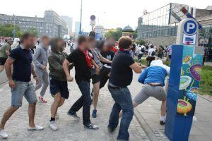 Rosjanie aresztowani po burdach odlatują do Moskwy