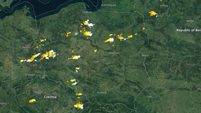 Grzmi nad Polską. <br />Sprawdź, gdzie jest burza