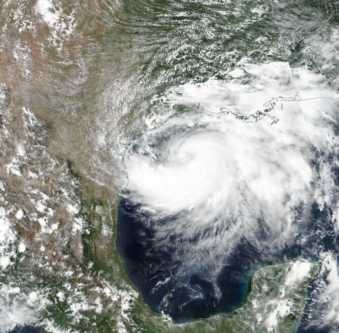 Zdjęcie satelitarne burzy tropikalnej Hanna (PAP/EPA/NASA / HANDOUT)