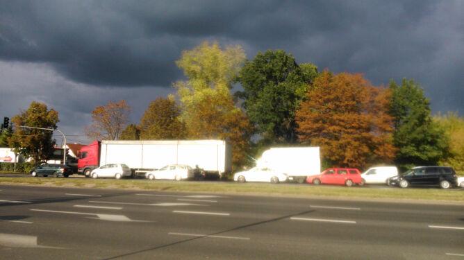 Nad drogami deszczowe chmury